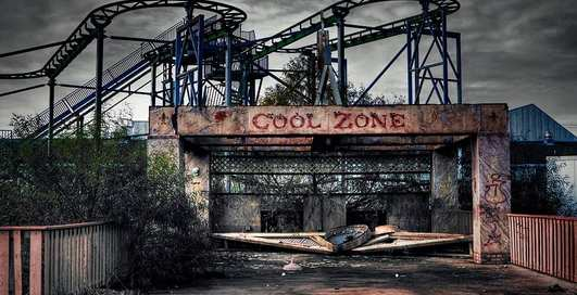 Зомбиленд на юге США: парк Шести Флагов