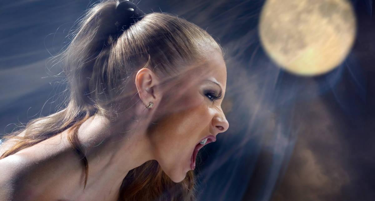 Секс с оборотнем: она хочет при луне!