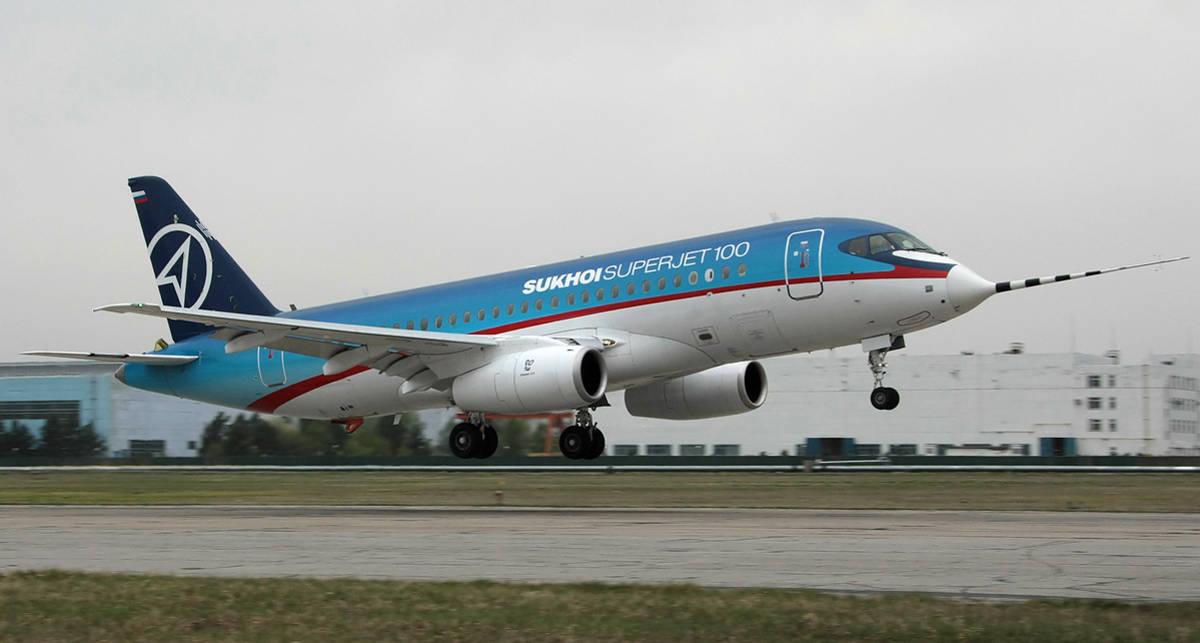 Новый Superjet 100: каталка для министров
