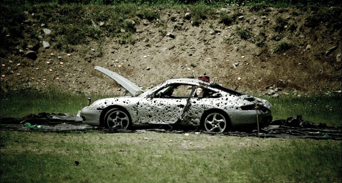 Казнь за $100 тысяч: расстреляй свой Porsche