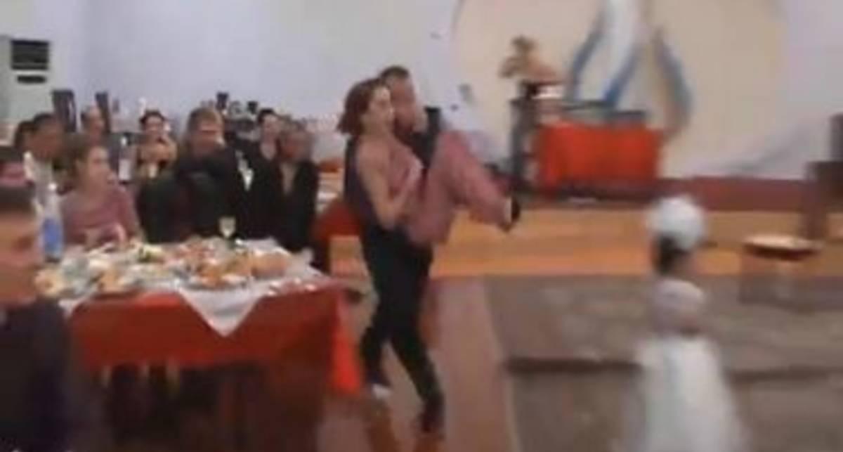По-мужски: скользкий пол на свадьбе