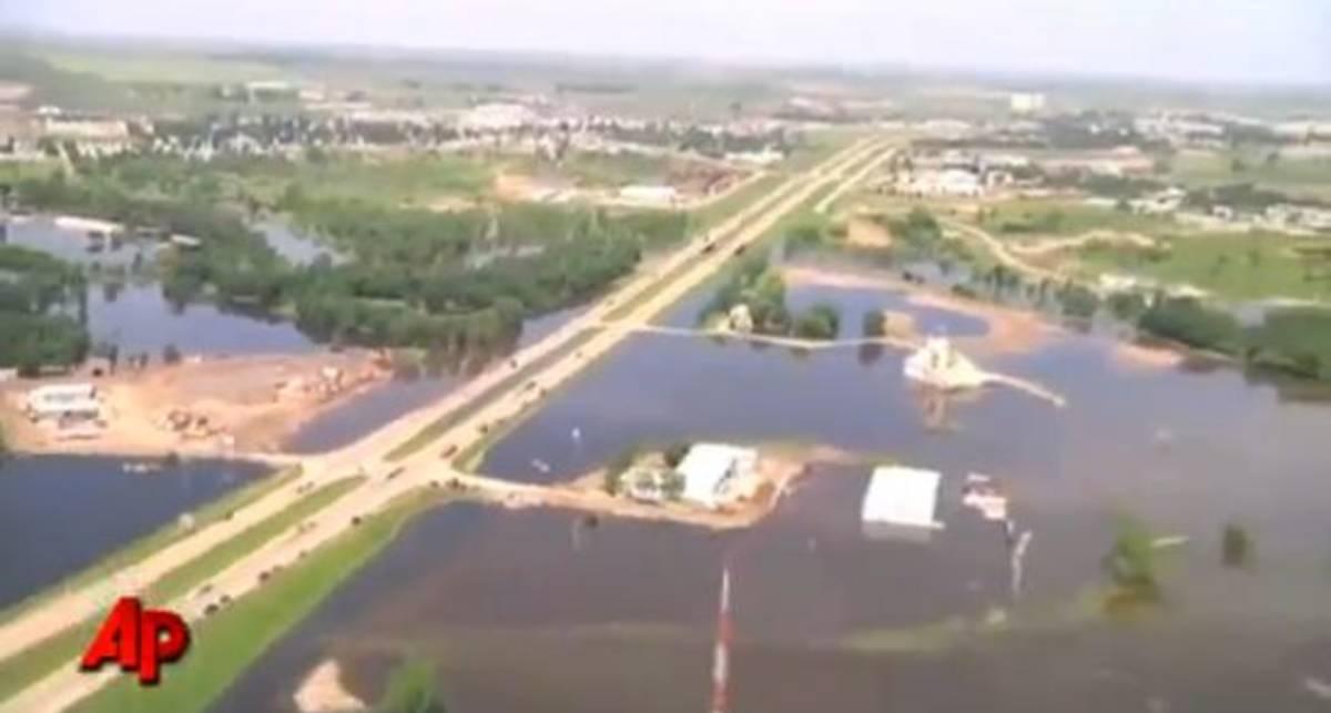 Катастрофа в США: Дакота под водой