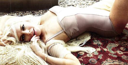 Линдси Лохан порезвилась с Vanity Fair