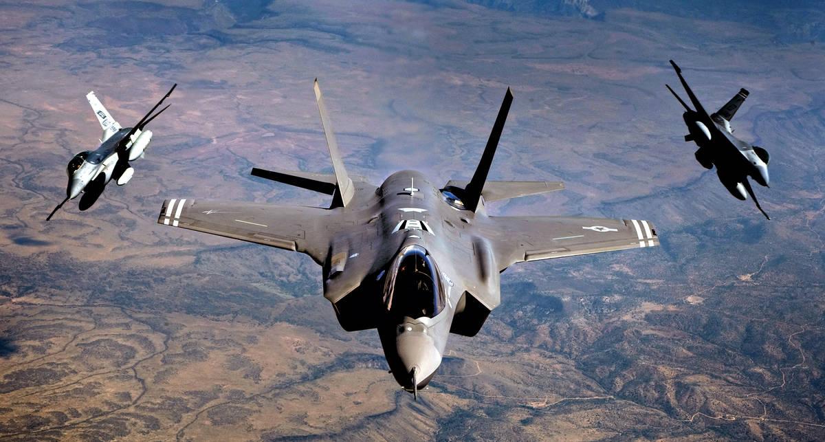Молния из рогатки: F-35 Lightning ушел в небо