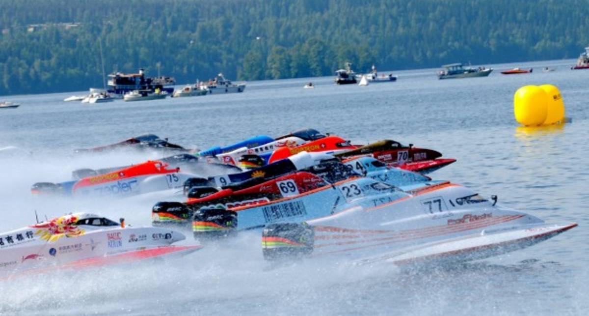 Формула-1 в Киевском море: гонки на воде