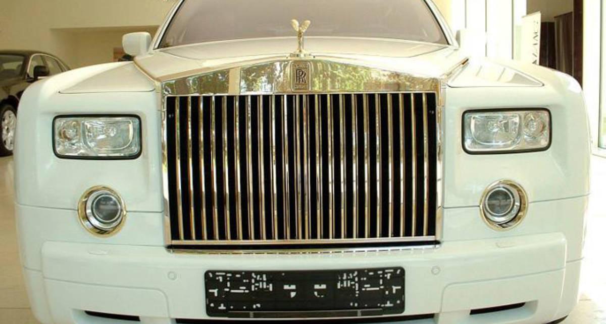 Новый Rolls-Royce: броневик в золоте