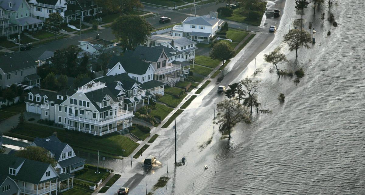Смертельная Айрин: ураган топит Америку