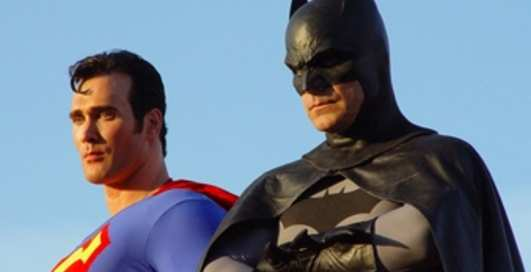 Diesel продает трусы Бэтмена и Супермена