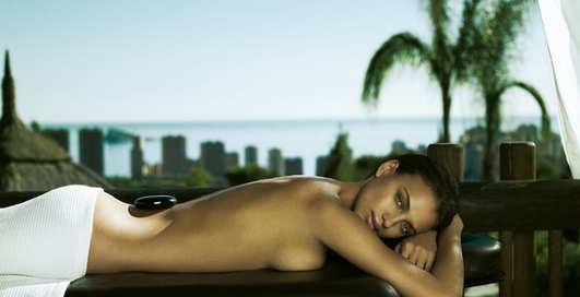 Невеста Роналду: голышом в рекламе