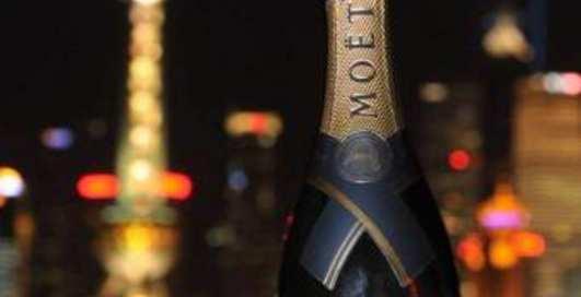 К Новому году - 100-летнее шампанское