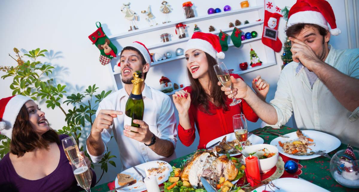 Новогодние застолья: как себе не навредить