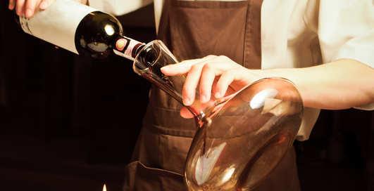 Побудь сомелье: налей вино правильно