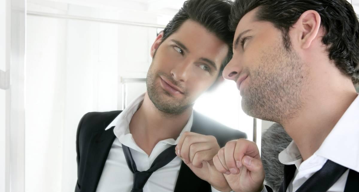Убей в себе нарцисса: что вредит мужчинам