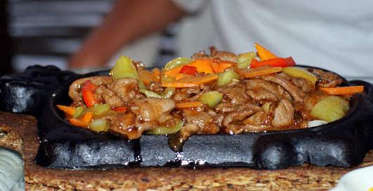 Чем кормят фастфуды: ТОП-10 блюд