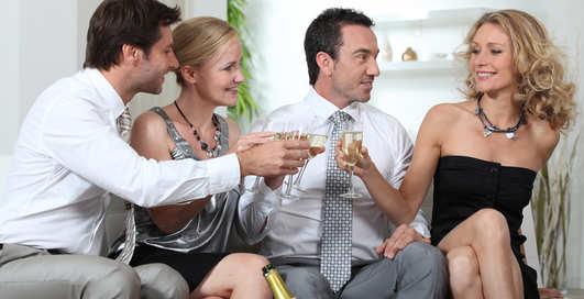Свинг-пати на дому: где устроить вечеринку