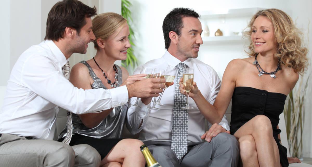 Самая крупная оргия с участием супружеских пар