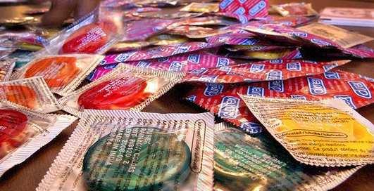 Презерватив с QR-кодом: сам найдет место
