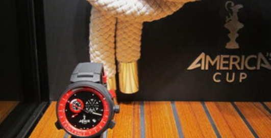 Louis Vuitton: часы для активных