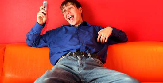 Смс с 1 апреля: День Смеха с мобильником