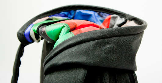 Мужской рюкзак спрячет от дождя