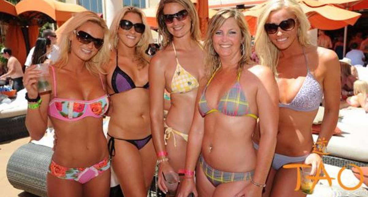 MAXIM раздел горячих моделей в Лас-Вегасе