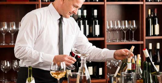 Как правильно пить вино в ресторане