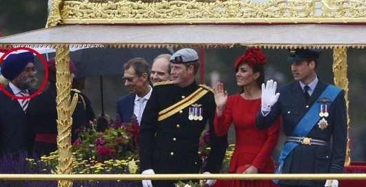 Секс-маньяк заявился на церемонию королевы