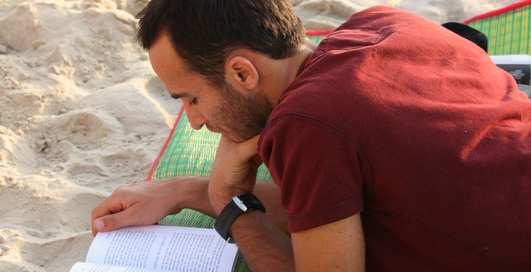 ТОП-5 мужских причин читать книги