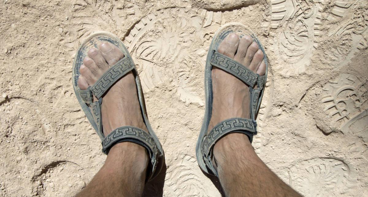 Обувь для лета: как носить сандалии