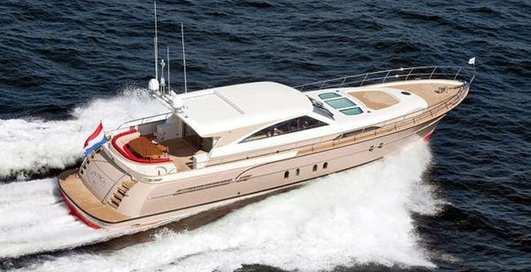 Большая и быстрая: яхта из Голландии