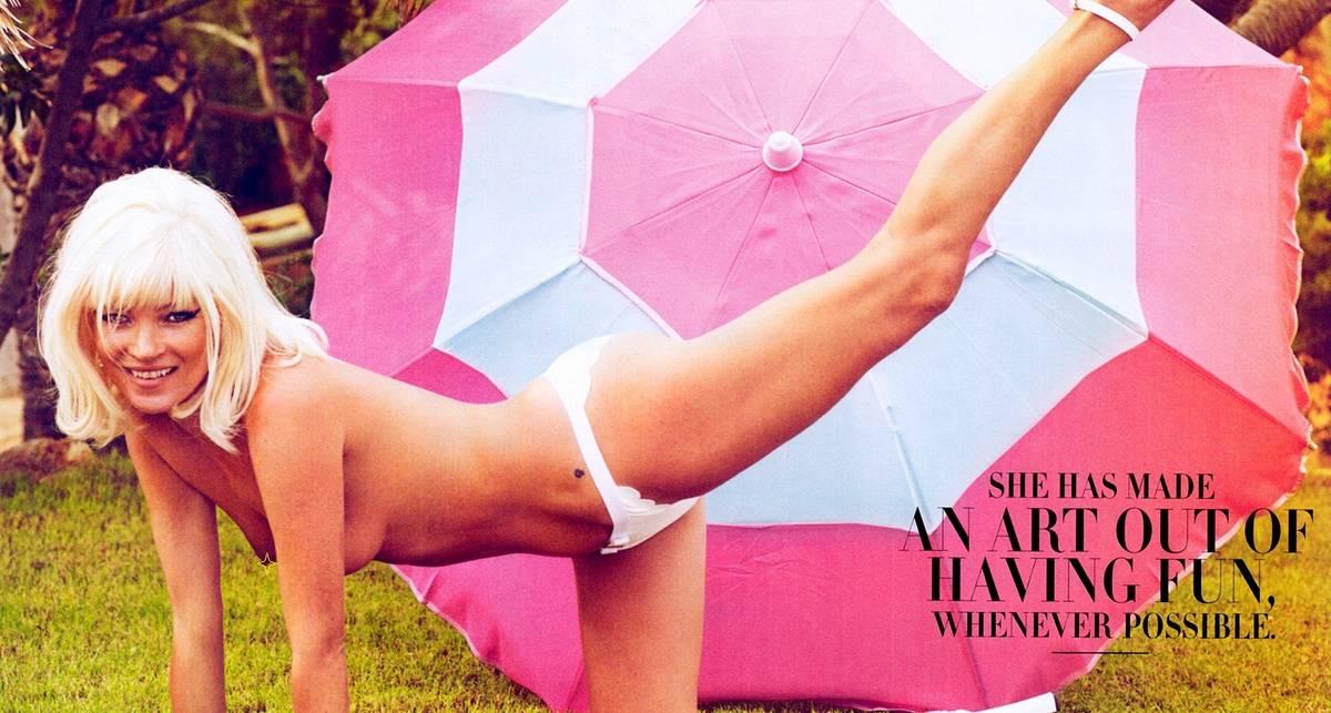 Кейт Мосс снялась для журнала без лифчика