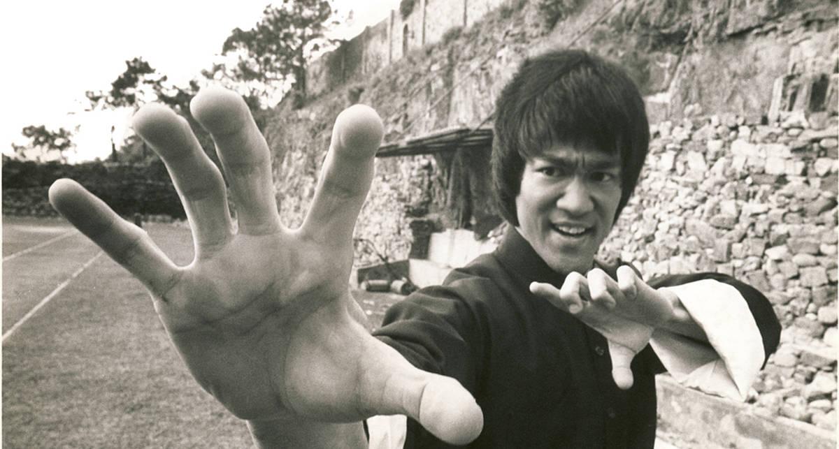 Брюсу Ли — 75 лет: как прошла жизнь легенды