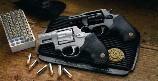 Раз, ковбой: как стрелять из револьвера