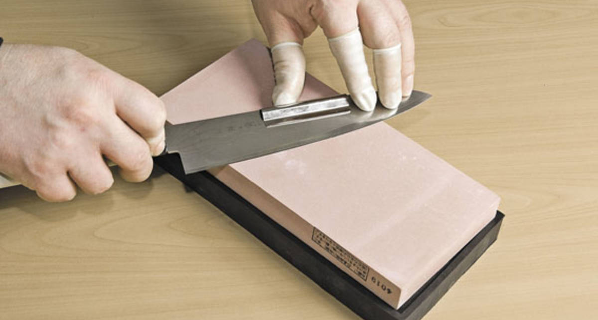 Как правильно точить нож: дельные советы