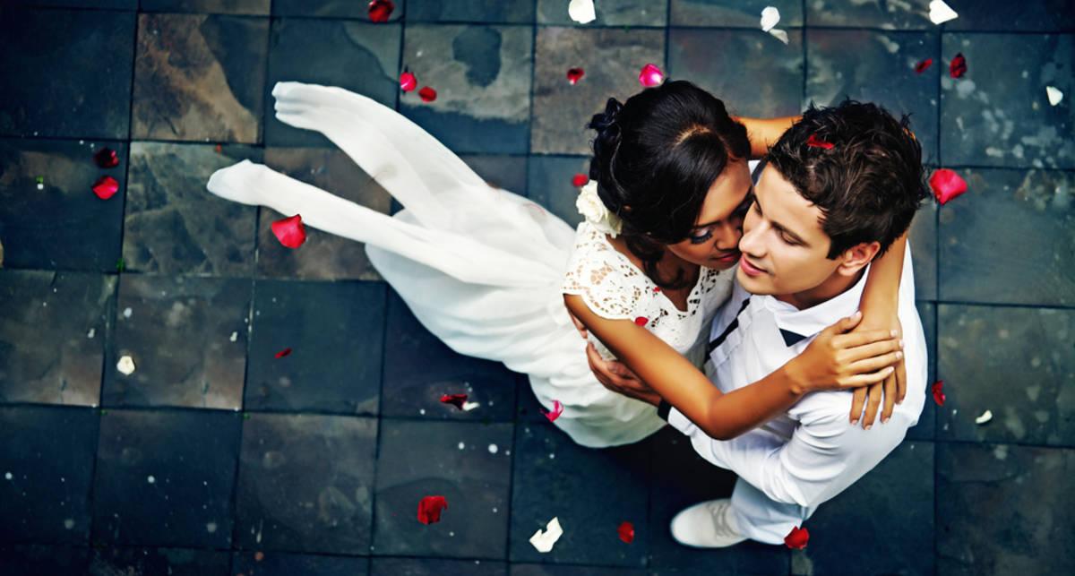 Убей всех, спаси брак: как сохранить отношения