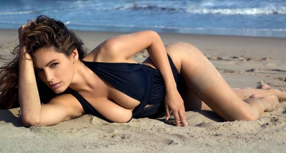 Засвеченная Брук: пляж для бывшей Стэтхема