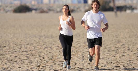 Фитнес на пляже: обнови свои упражнения