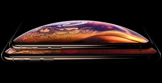 """С Apple снова судятся: на это раз - из-за выреза-""""челки"""""""