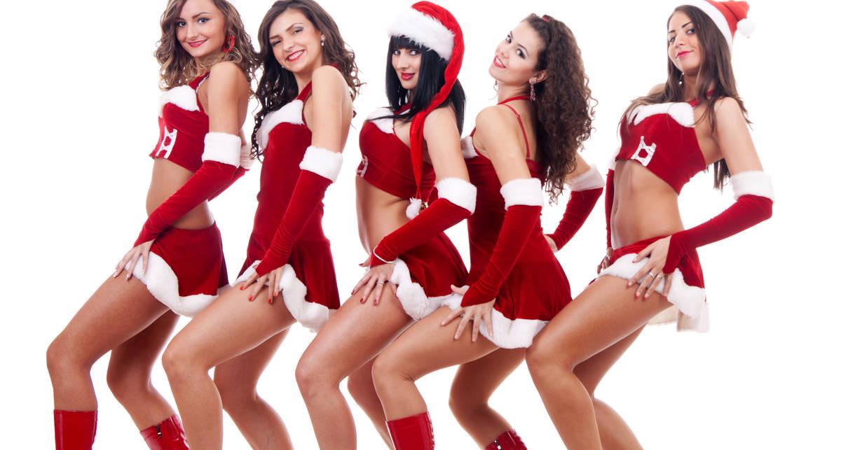 Эротика и Новый год: Сексуальные девушки в костюмах Санты