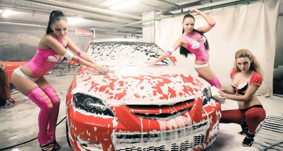 Банный день: как мыть автомобиль зимой