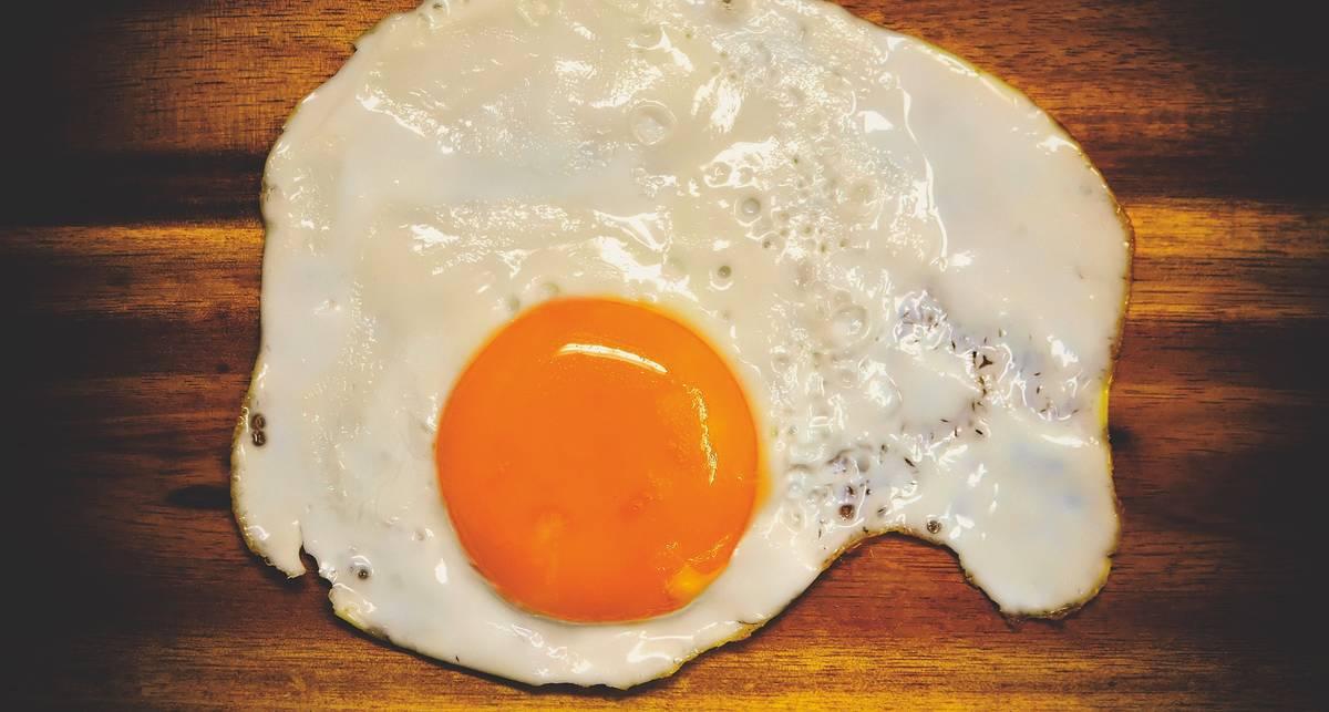 Завтрак чемпионов: топ-5 причин есть яичницу на завтрак