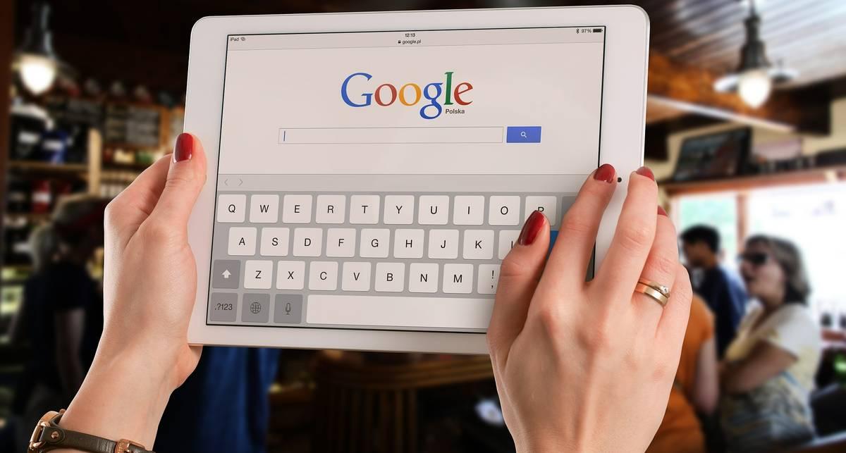 Что будет, если поискать в сети число 241543903?