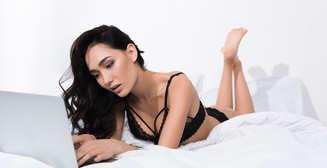 Какое порно смотрят женщины: исследование PornHub