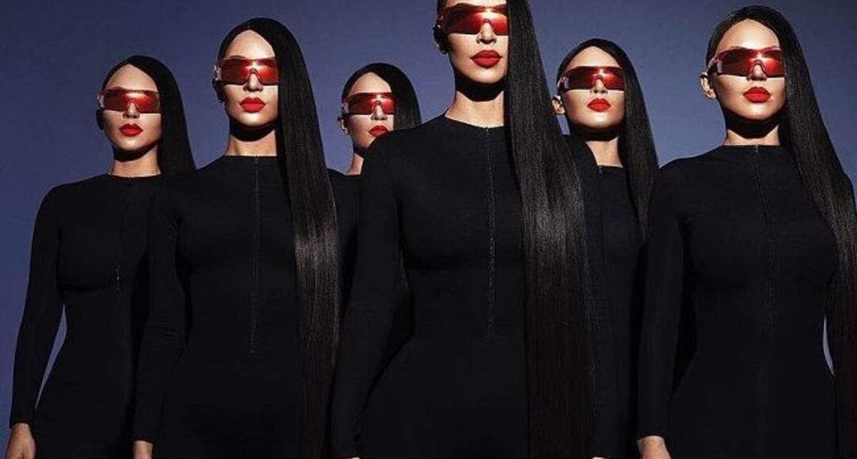 Одной Ким нам мало: Кардашьян снялась в полуголой фотосессии с клонами