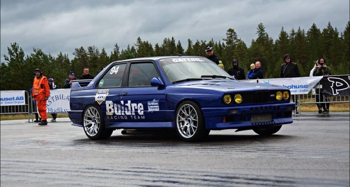 Старый BMW M3 E30 побил мировой рекорд скорости