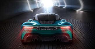Зеленые технологии в кино: Джеймс Бонд будет ездить на электромобиле