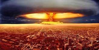 Видео взрыва первой атомной бомбы показали в Full HD