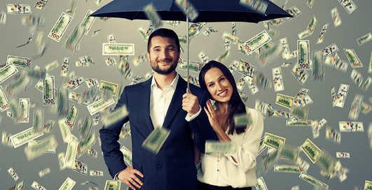 Как деньги влияют на отношения и расставания пар?