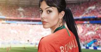 Поддержка и опора: топ-10 почти голых снимков подружки Роналду Джорджины Родригес