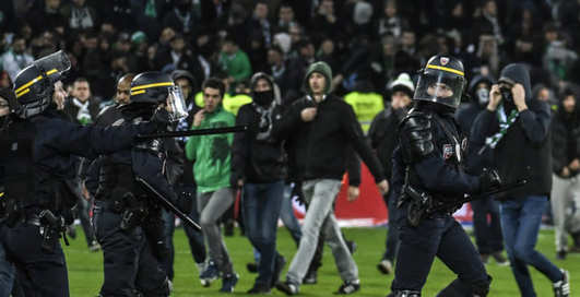 Миссия невыполнима на новый лад: футболиста похитили прямо с поля